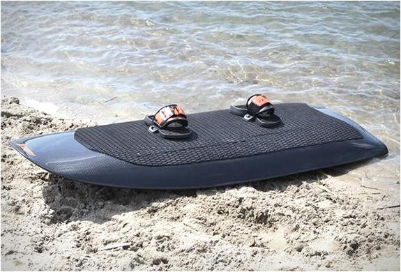 radinn-electric-wakeboard-3.jpg | Image