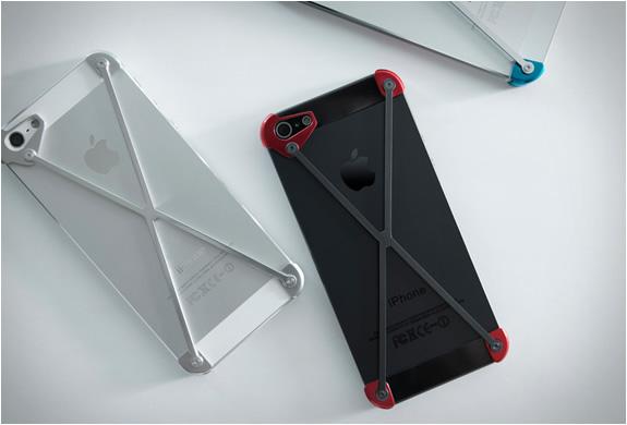 radius-minimalist-iphone-case-5.jpg | Image