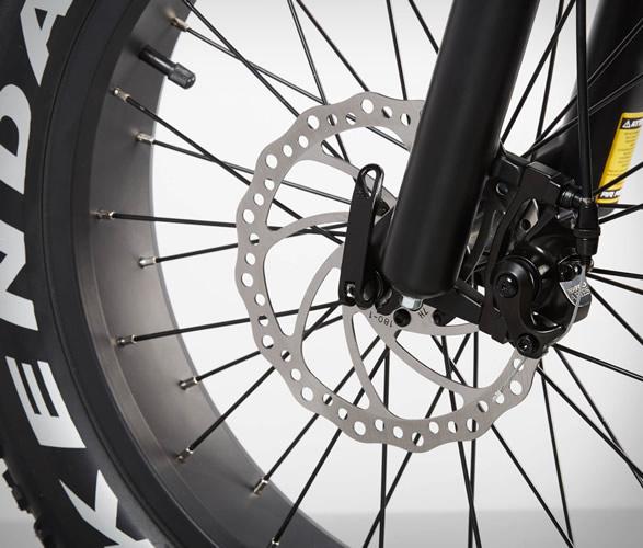 radmini-electric-folding-fat-bike-6.jpg