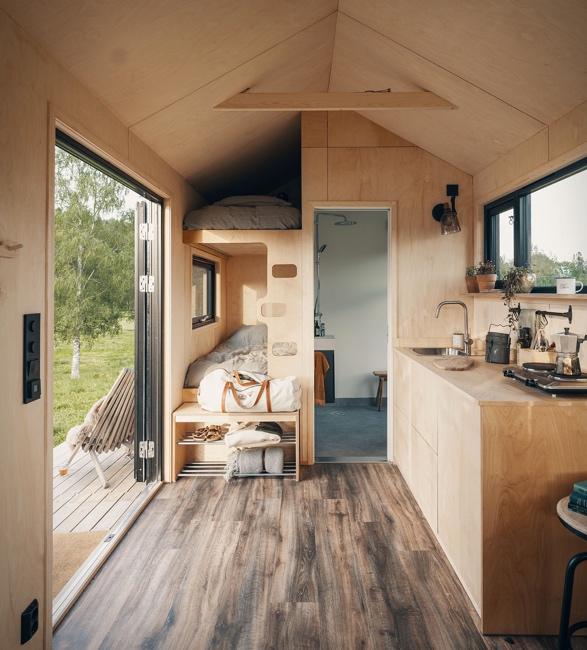 rast-tiny-house-on-wheels-2.jpg   Image