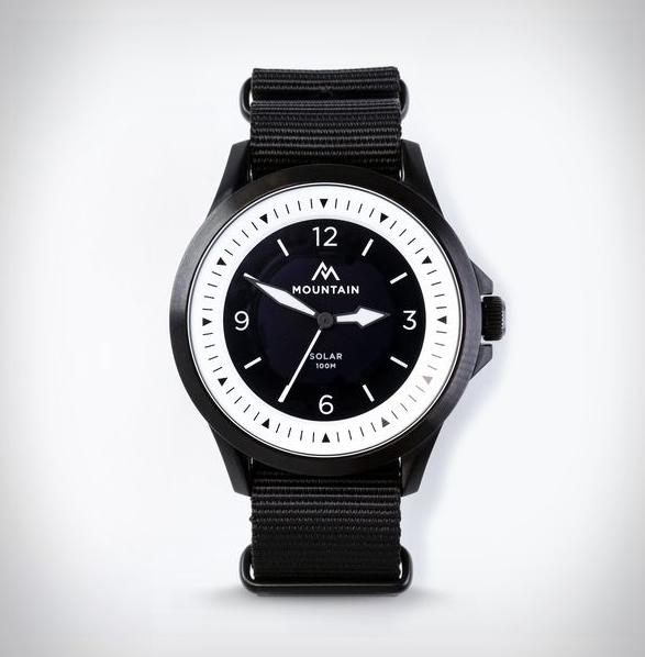 rayseeker-solar-powered-watch-2.jpg   Image
