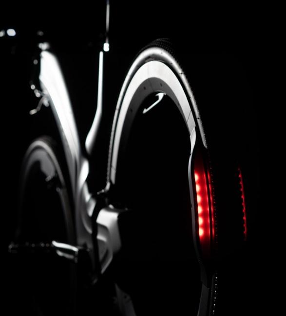 reevo-hubless-e-bike-3.jpg | Image