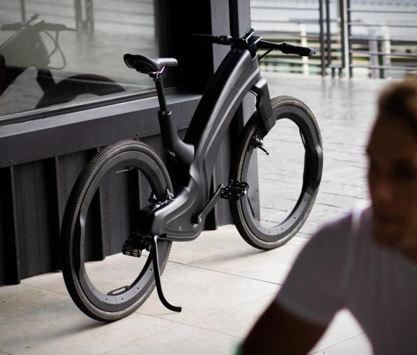 reevo-hubless-e-bike-4.jpg