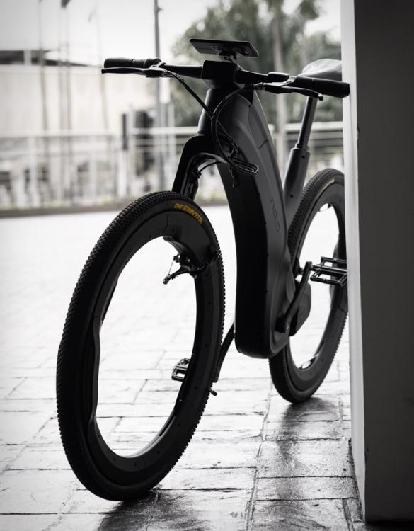 reevo-hubless-e-bike-5.jpg