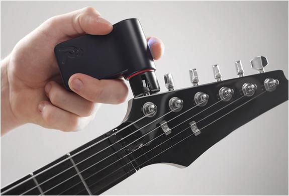 roadie automatic guitar tuner. Black Bedroom Furniture Sets. Home Design Ideas