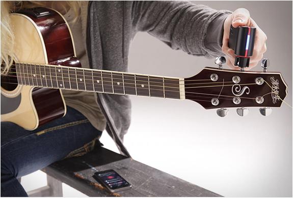 roadie-guitar-tuner-3.jpg | Image