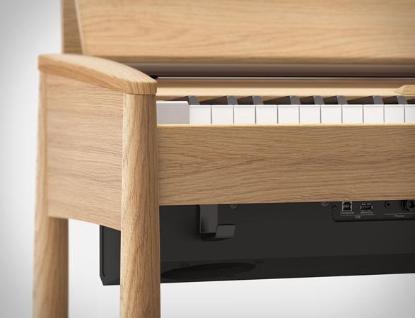roland-kiyola-piano-4a.jpg | Image