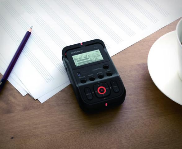 roland-r-07-audio-recorder-4.jpg | Image