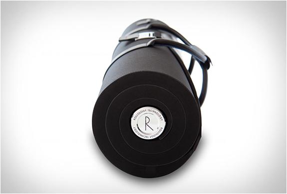 rollor-suit-carrier-2.jpg | Image