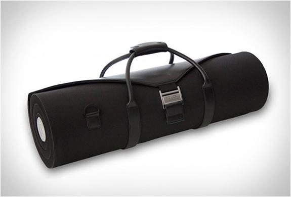 rollor-suit-carrier-3.jpg | Image
