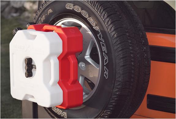 rotopax-fuelpacks-6.jpg