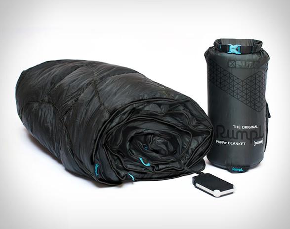 rumpl-puffe-heated-outdoor-blanket-6.jpg