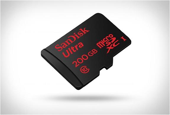 SANDISK 200GB MICROSD | Image