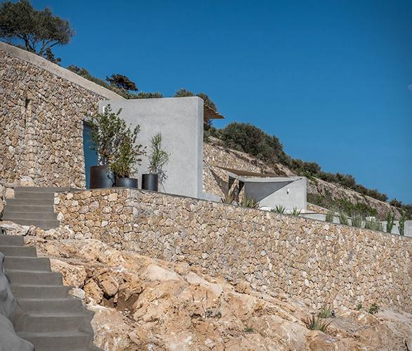 santorini-cave-house-15.jpg