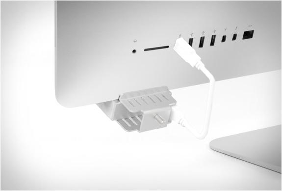 satechi-aluminum-clamp-usb-hub-5.jpg | Image
