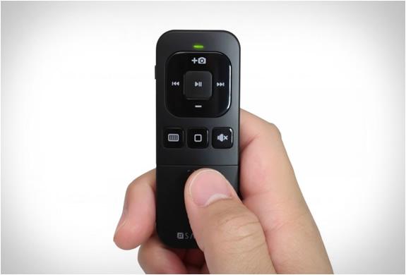 satechi-bluetooth-remote-3.jpg | Image