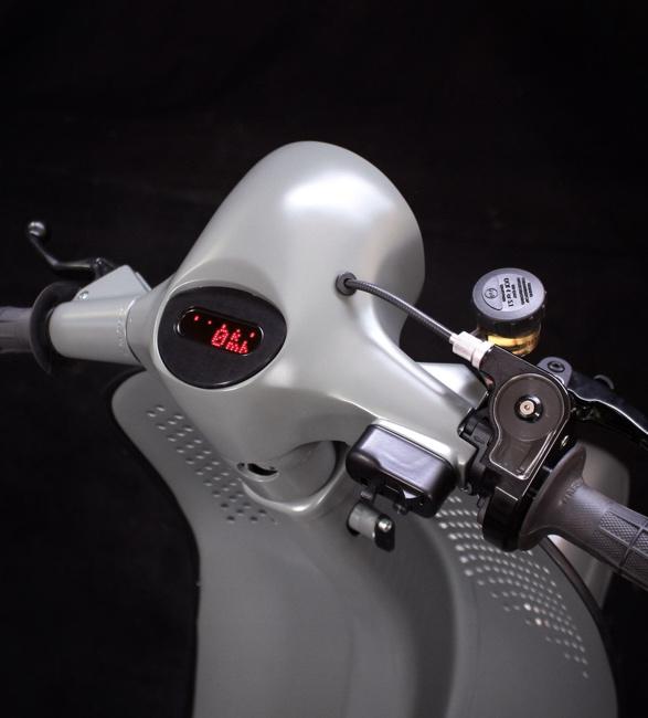 scooter-service-custom-vespas-4.jpg | Image