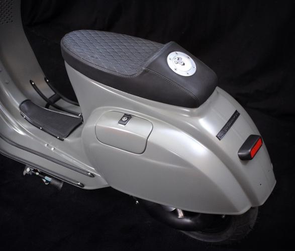 scooter-service-custom-vespas-5.jpg | Image