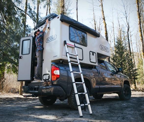 scout-pickup-camper-10.jpg