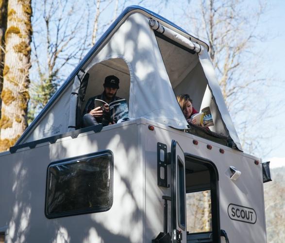 scout-pickup-camper-11.jpg