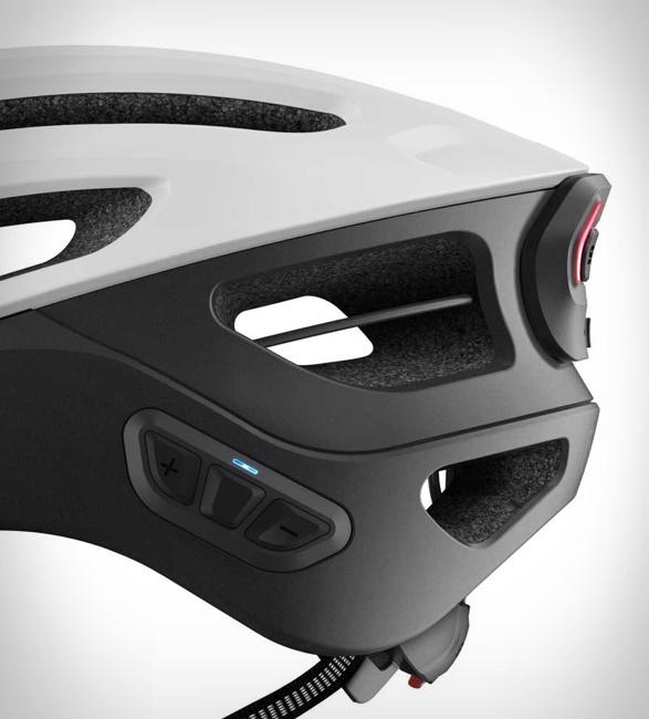 sena-r1-evo-smart-cycling-helmet-3a.jpg | Image