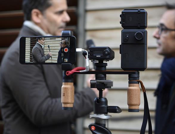 shoulderpod-smartphone-rig-9.jpg