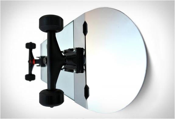 skate-mirror-3.jpg | Image