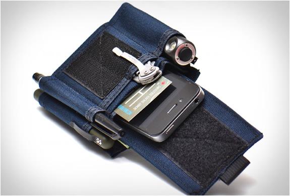 skinth-pocket-sheaths-10.jpg