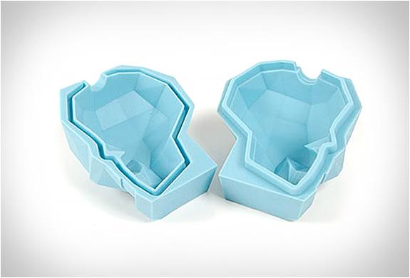 skull-ice-cube-4.jpg | Image
