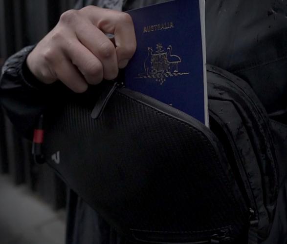 slingr-over-body-bag-5.jpg