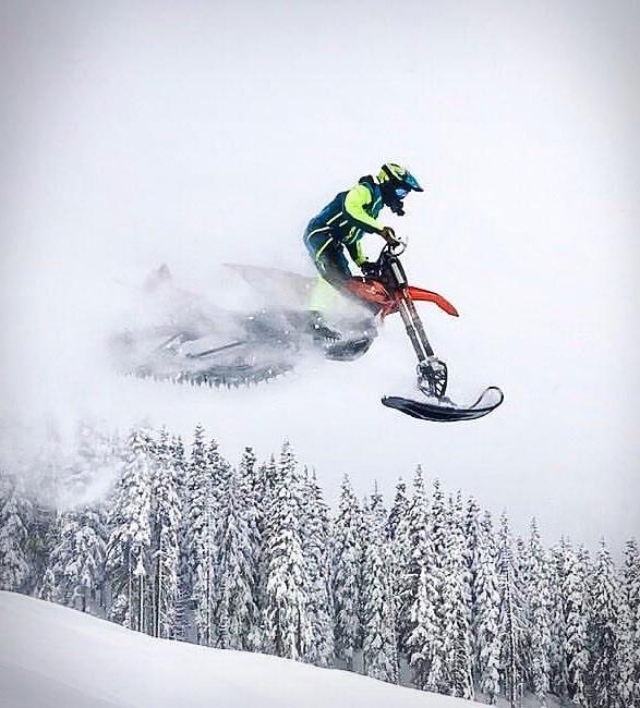 snowrider-dirt-bike-snow-kit-7.jpg