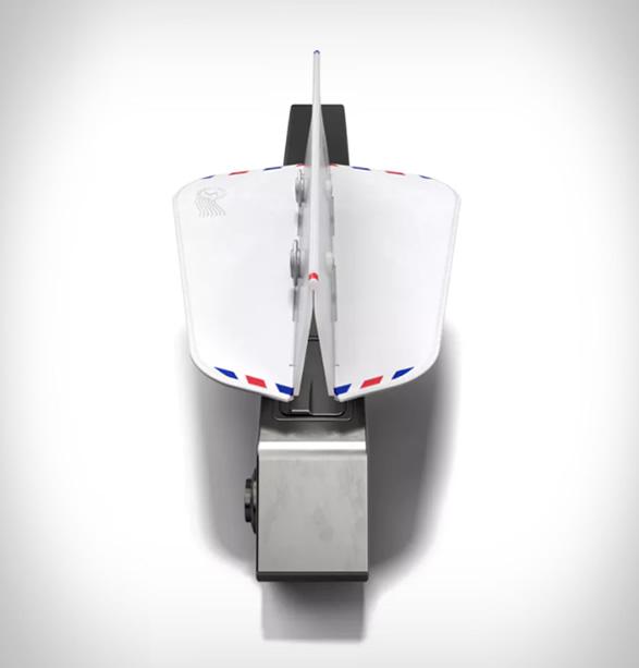 soarigami-airplane-armrest-divider-3.jpg | Image