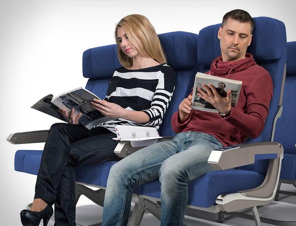 soarigami-airplane-armrest-divider-6.jpg