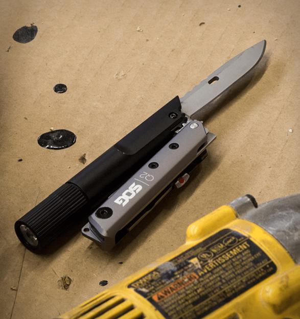 sog-baton-multi-tools-7.jpg