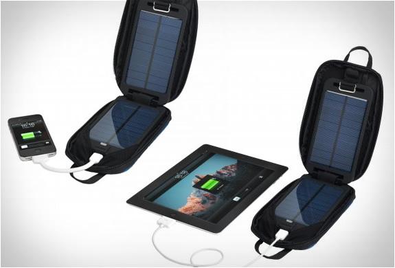 solarmonkey-adventurer-portable-charger-3.jpg | Image