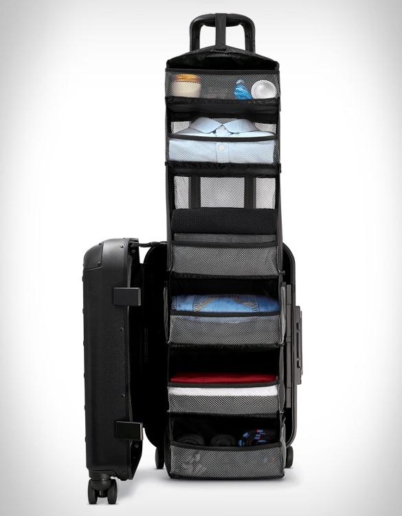 solgaard-closet-suitcase-5.jpg | Image