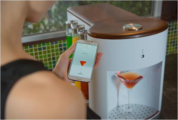 somabar-robotic-bartender-2.jpg | Image