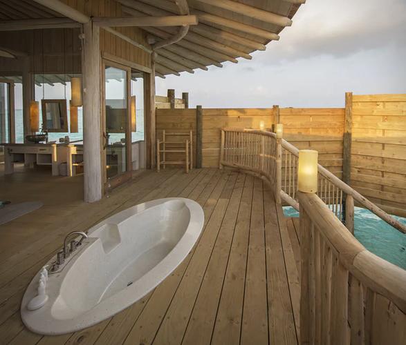 soneva-jani-resort-7.jpg