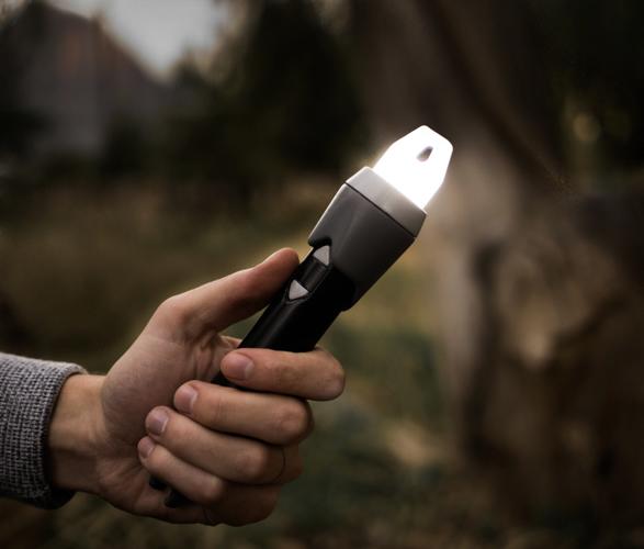 sparkr-lighter-flashlight-6.jpg