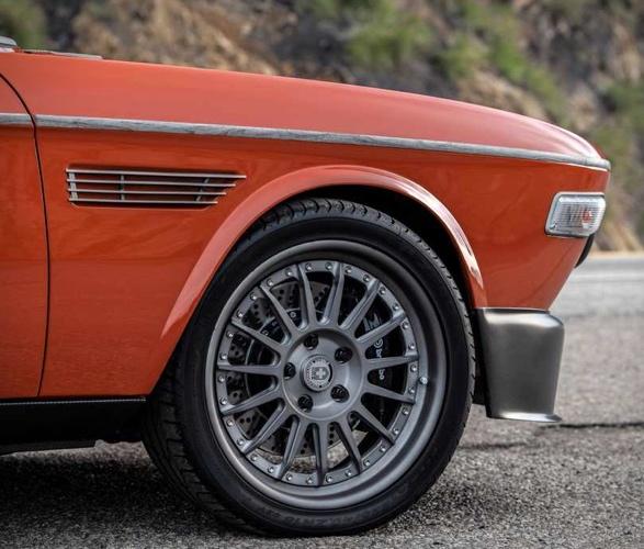 speedkore-1974-bmw-3-cs-11.jpg
