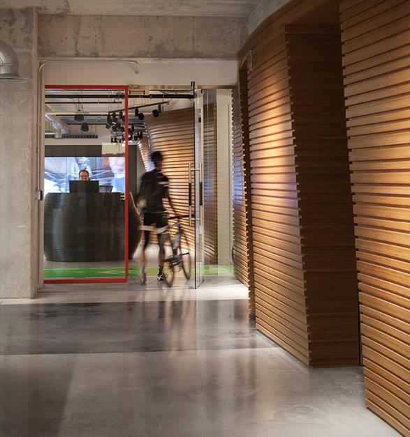 sram-office-12.jpg