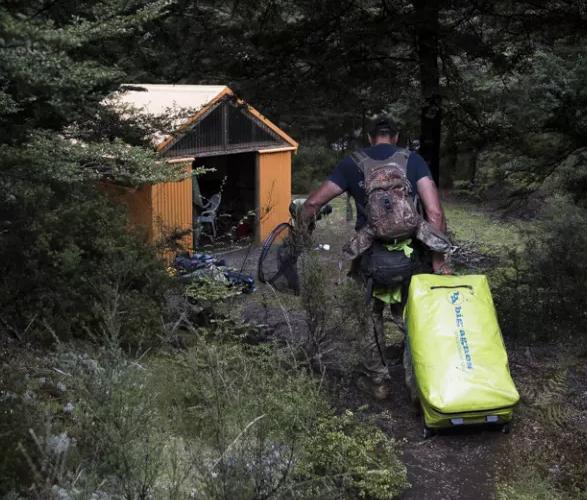 stagecoach-waterproof-duffle-5.jpg | Image