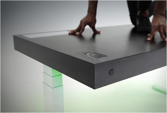 stir-kinetic-desk-5.jpg   Image