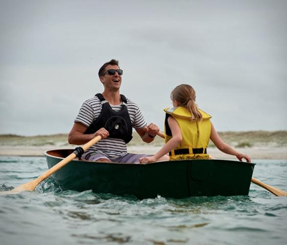 stitchbird-diy-rowboat-8.jpg