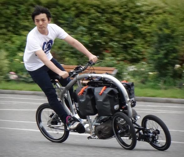 stroke-cargo-trike-new-6.jpg