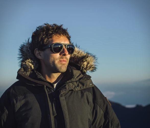 sunski-treeline-glacier-goggles-5.jpg | Image