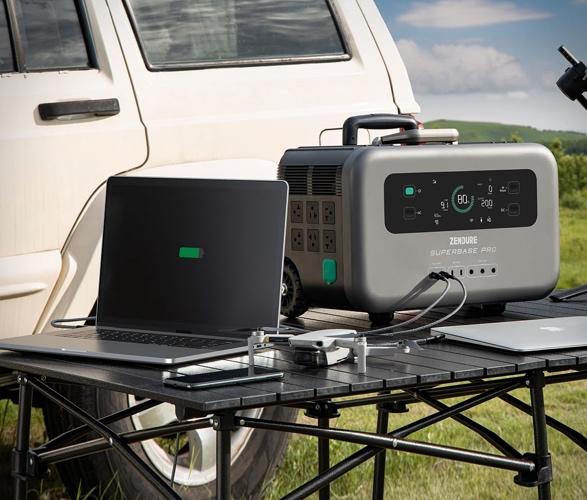 superbase-pro-charging-station-3.jpg | Image