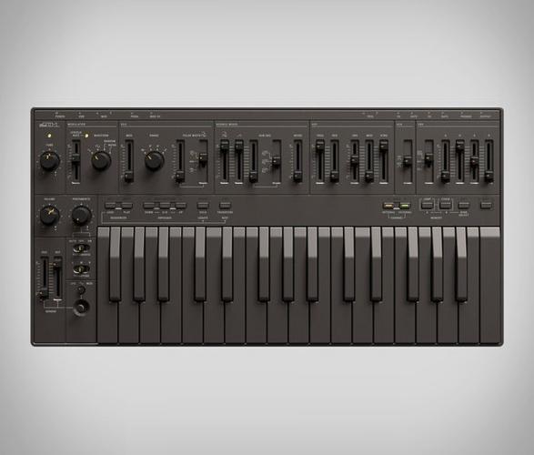 superlative-sb01-analogue-synthesizer-2.jpg   Image
