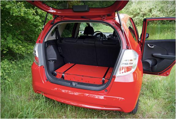 swissroombox-camper-suitcase-2.jpg | Image