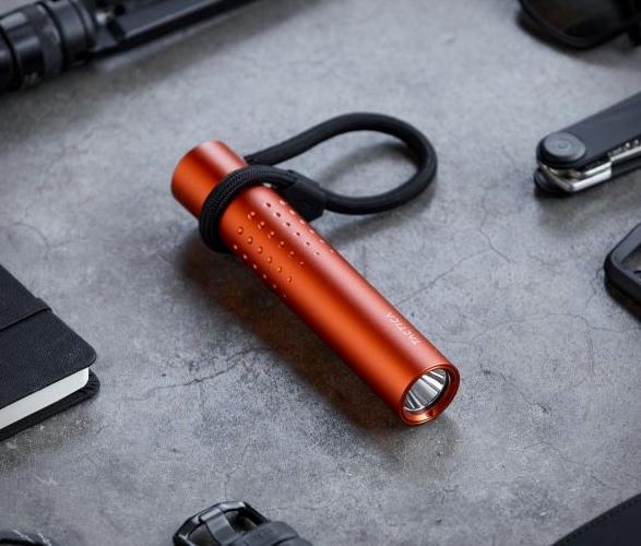 tactica-f100-flashlight-power-bank-2.jpg | Image